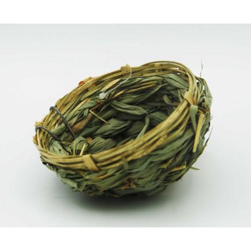 hniezdo z bambusovej trávy
